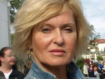 Ewa Kasprzyk - Ewa Jadwiga Kasprzyk, auch Ewa Kasprzyk-Bernatowicz (geboren am 1. Januar 1957 in Stargard Szczeciń