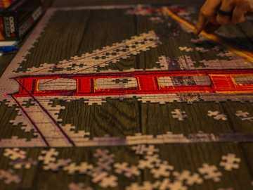 San Francisco Puzzle - Alfombra roja blanca y negra.