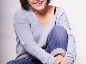 Barbara Lauks - Barbara Lauks - geboren 1957. Absolvent der Puppenspielfakultät der PWST in Breslau. Sie arbeitete
