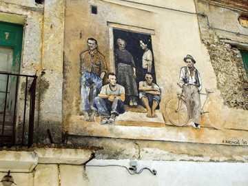 Calabria - - mural- streetart-graffiti-facade