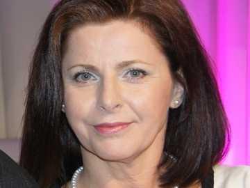 Renata Pękul - Na dobre i na złe jako Viola, koleżanka Elżbiety Walickiej (gościnnie)