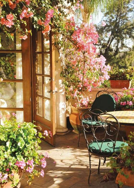 In the garden ..... - In the garden .......................