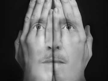 Dvě ruce a everyone obličej - Dvě ruce a everyone obličej