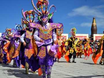 CARNEVALE DI PUNO - Il Perù è un importante luogo turistico nella regione delle Ande, a causa della sua grande cultura