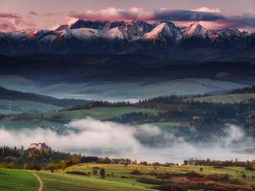 View of the Tatra Mountains. - Puzzle: view of the Tatra Mountains.