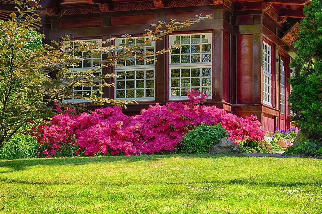 Tuinpaviljoen - tuinhuisje - bloemen --- (15×10)