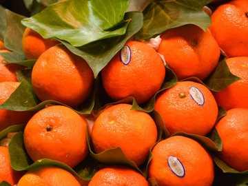 Orangenfrüchte - Mandarin - La Boqueria Barcelona. La Boqueria, Barcelone, Espagne