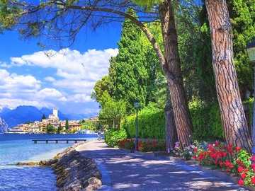 Promenade At Lake Garda. - Promenade on the lake. Italy