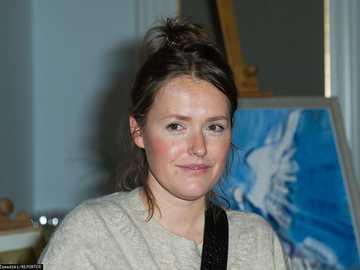 Olga Frycz - 2009: Na dobre i na złe - Agnieszka (odc. 372)