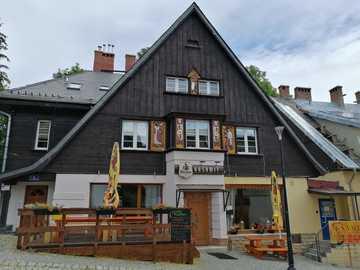 W Karpaczu - Ciekawy dom w Karpaczu
