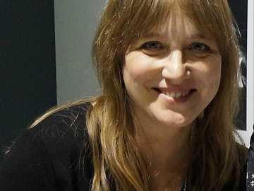 Catherine Montgomery - Katarzyna Montgomery (née le 26 juillet 1969) - journaliste de presse et de télévision polonaise.