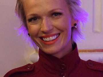 Magda Mołek - Magda Mołek, Magdalena Mołek (née le 30 avril 1976 à Żagań [1]) - journaliste et présentatric