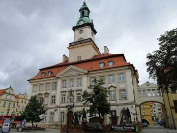 Hôtel de ville - Jelenia Góra - Sur la place du marché à Jelenia Góra