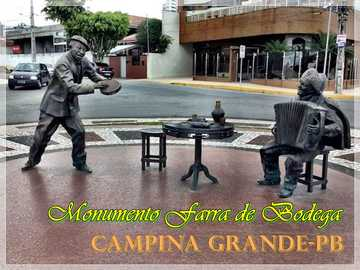 FARRA DE BODEGA DENKMAL - MONUMENT FARRA DE BODEGA zu Ehren der Forró-Sänger Jackson do Pandeiro und Luiz Gonzaga!
