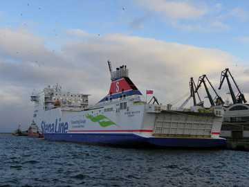 En invierno en Gdynia - Hermosa vista en el puerto de Gdynia