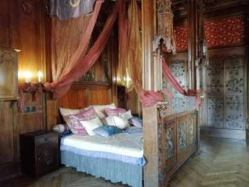 Czocha Castle - Castle interiors - bedroom