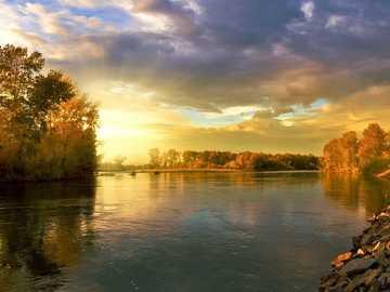 Jesienny widok - słoneczna panorama -------------