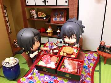 Itachi y Sasuke en comida completa - Itachi y Sasuke en comida japonesa completa
