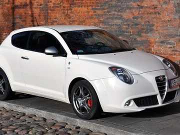 Alfa Romeo - molto bella alfa romeo