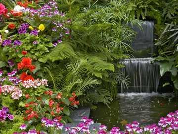 Krajobraz z kwiatami - Układanka krajobrazowa z kwiatami do zabawy!