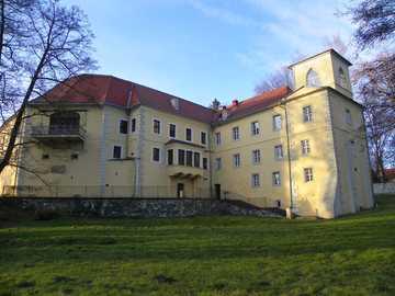 Pałacyk zimą - Pałac w Kotlinie Kłodzkiej- styczeń 2020r.