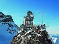 Observatório da Esfinge. - Observatório na Suíça.