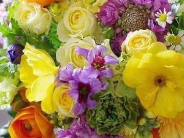 sonniger Strauß - sonniger Strauß - Blumen in einer Vase