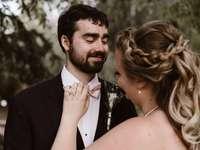 foto di sposi felici