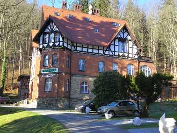 Międzygórze - Beautiful villa in Międzygórze in winter.