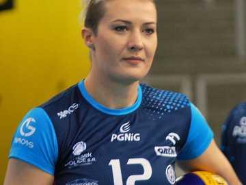 Izabela Kowalińska - Izabela Kowalińska z d. Żebrowska (ur. 23 lutego 1985 roku w Świdniku) – polska siatkarka, graj