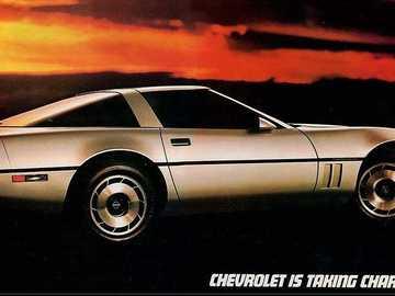 Korweta - To jest zdjęcie samochodu sportowego z lat 80