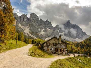 House -nature, mountain - House -nature, mountain