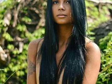 Piękne długie czarne włosy - Piękne długie czarne włosy