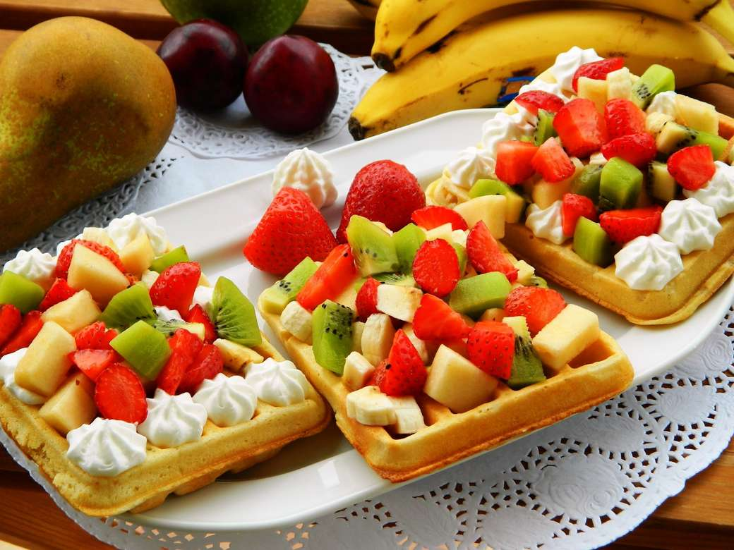 Waffles with fruit - Waffles with whipped cream and fruit