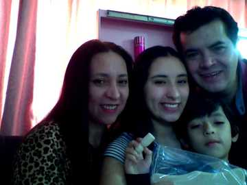 il mio puzzle di famiglia - una foto della mia famiglia in un puzzle