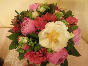 Blumenstrauß - Bunter Blumenstrauß.