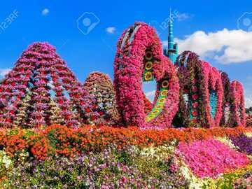 LOVE GARDEN - Beautiful gardens, love gate