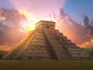 Piramida Majów - Układanka piramidy Majów