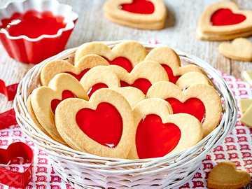 Kuchen mit Gelee - Kekse mit Erdbeergelee und weißer Schokolade