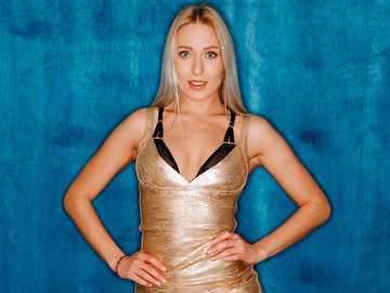 Angelika - Angelika pretty and shapely