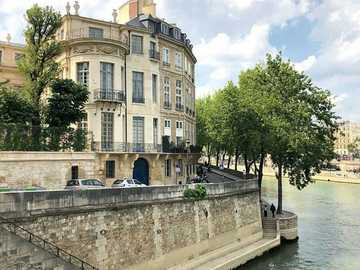 Parisian building - The Lambert hotel (Ile Saint-Louis Paris)
