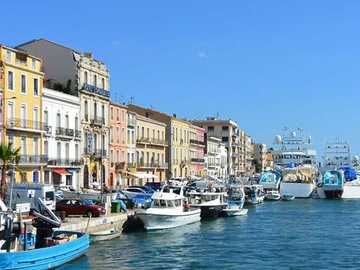 The canals of the city of Sète - The city of Sète, on the Mediterranean in the golf du lion