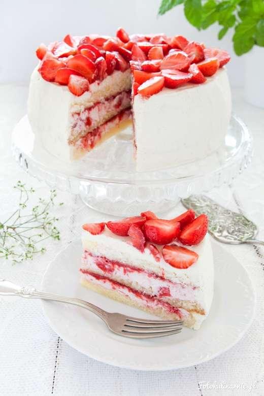 ΚΕΪΚ ΦΡΑΟΥΛΑ - Κέικ φραουλών με όμορφη διακόσμηση (4×6)