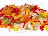 GUMS IN DIFFERENT COLORS - Delicious and colorful jelly beans