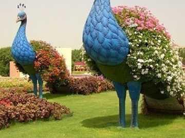 Garden decorations. - Garden decorations ...