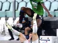 gniecone - il calciatore è sul calciatore