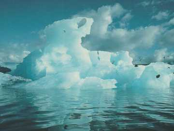 Formations de glace dans l'eau - Formations de glace dans l'eau