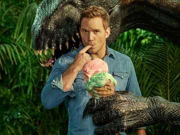 Imdorraptor i Owen - # dinozaur # jedzenie # świat jury