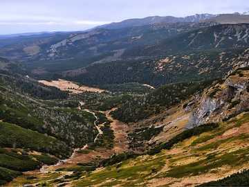 Panorama górska - góry - doliny - widoki - krajobraz