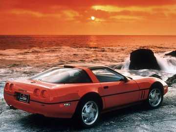 1990 Chevrolet Corvette - To jest zdjęcie samochodu sportowego.